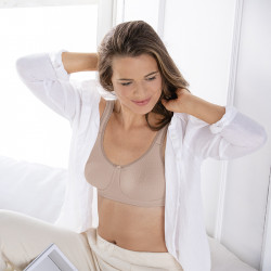 Mira Wireless Mastectomy Bra - Nude - Amoena