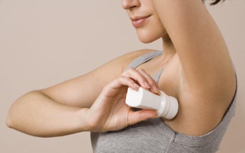 Choose a suitable deodorant during cancer treatments