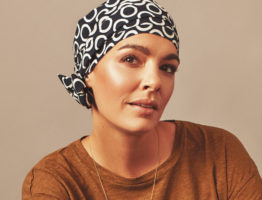 How to choose a chemo head scarf?