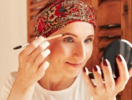 oncovia-beauty-advice-cancer-chemo-makeup-organic-eyebrows-hair-loss