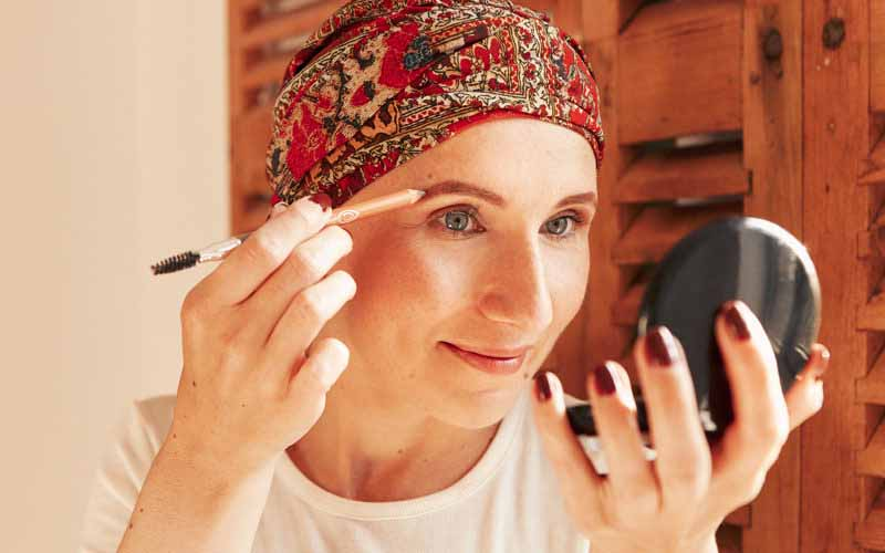 How to Do Your Eyebrows during Chemotherapy
